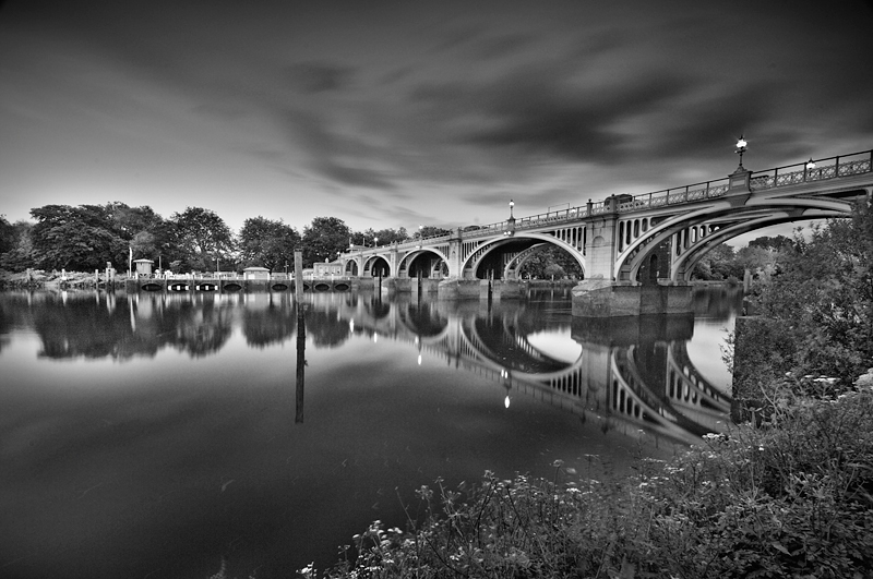 Richmond Lock:Black and White Photo-280