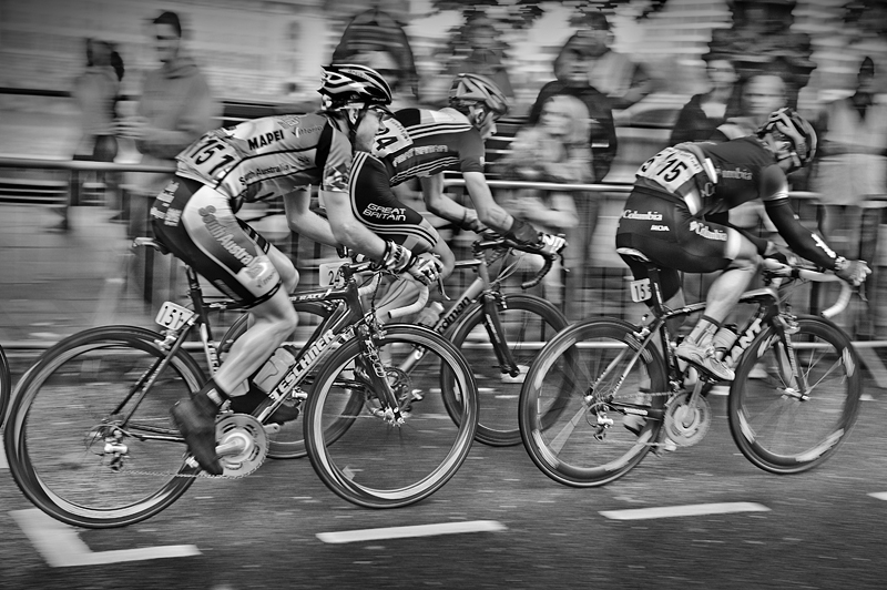 The Tour of Britain 2008:Black and White Photo-320