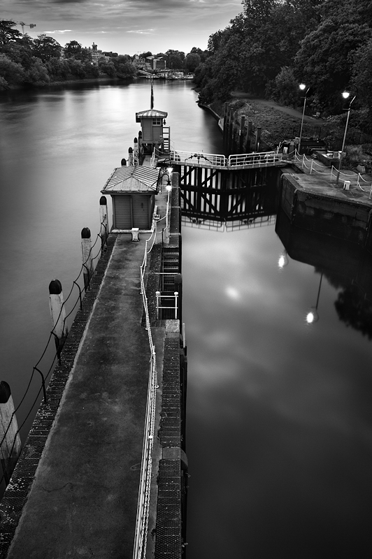 Richmond Lock in the evening:Black and White Photo-425