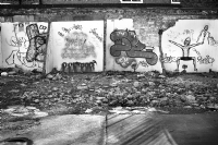 Graffitis in Brick Lane:Black and White Photo-518
